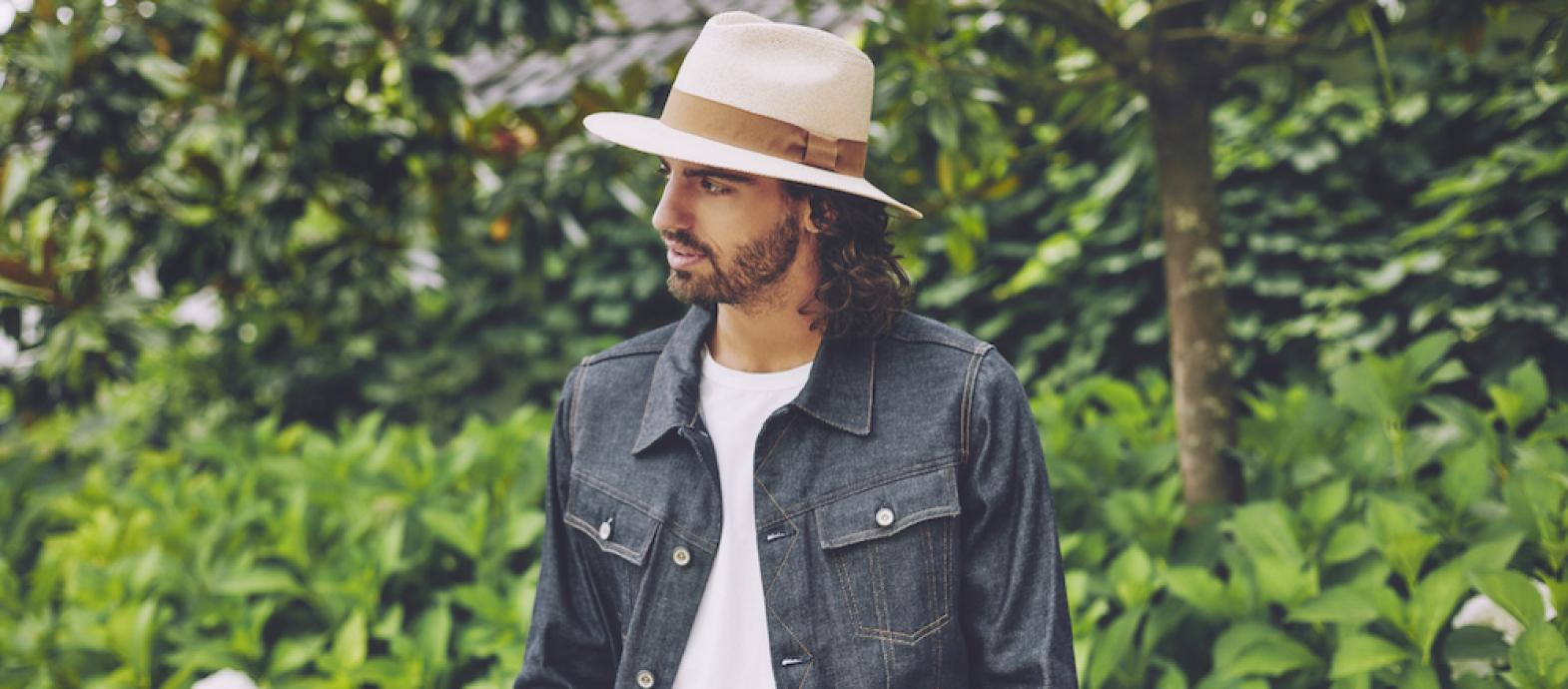 Luc - een steen-beige kleurige Panama fedora hoed voor optimale zonbescherming